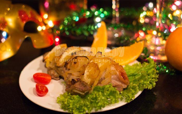 Как приготовить свинину на новый год (в духовке)