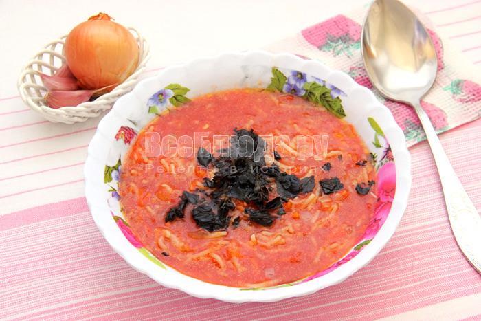 Как приготовить вермишелевый суп без мяса, сваренный на томате