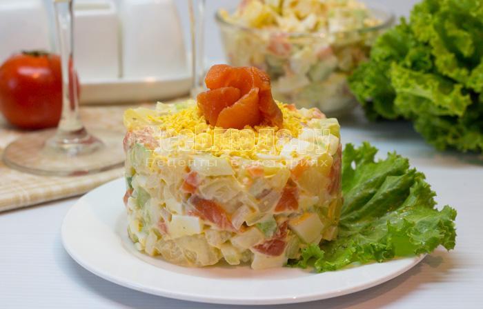 рецепт салат с красной соленой рыбой рецепт с фото