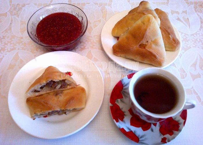 Татарские треугольники с мясом и картошкой, Эчпочмаки