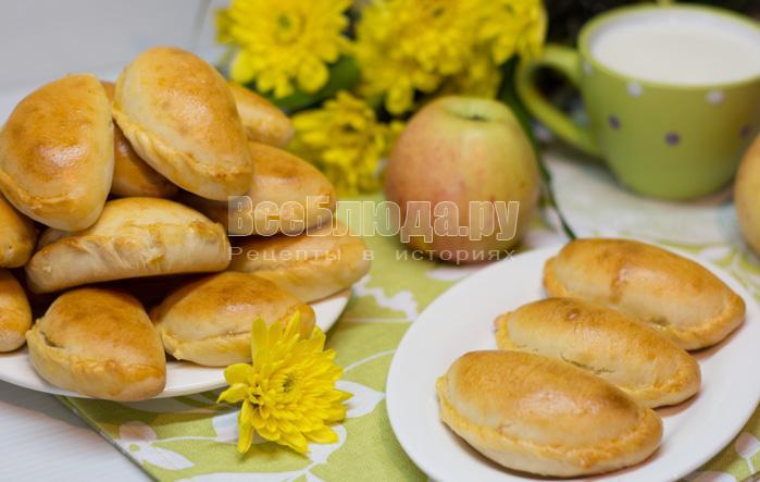 Печенье на сметане без масла с яблочным повидлом