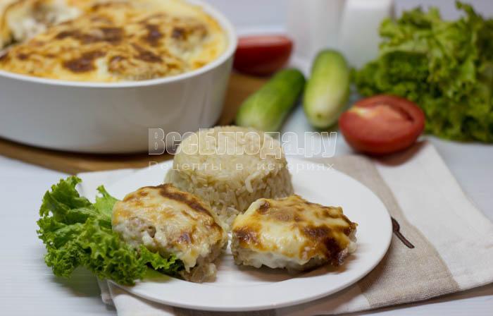 Котлеты в духовке под молочным соусом (Бешамель)
