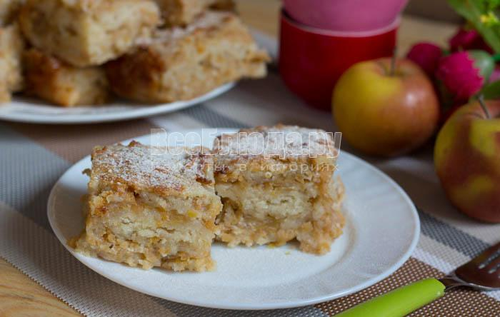 насыпной яблочный пирог с манкой