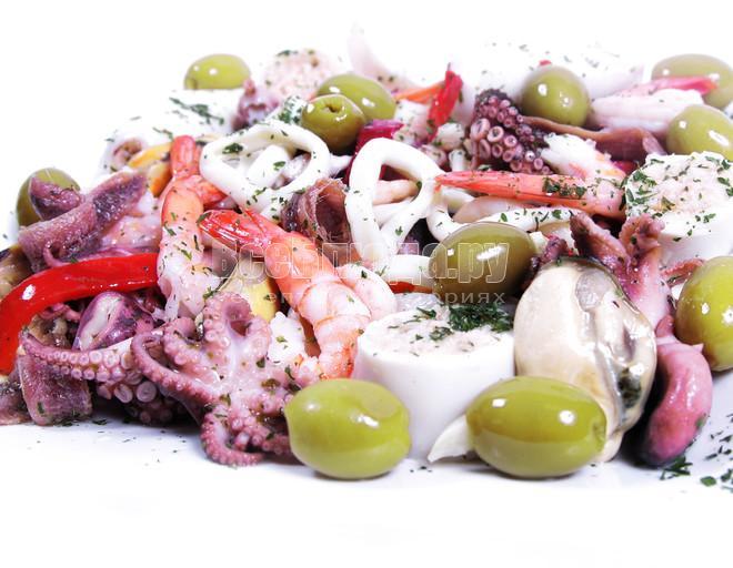Салат «Ассорти» из морепродуктов