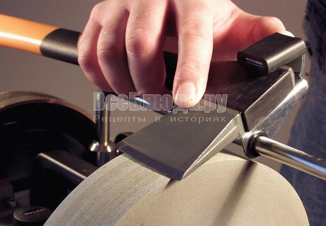 Кухонное оборудование. Электрические ножеточки