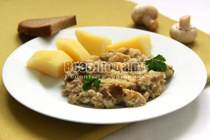 Рецепт жареного салата с шампиньонами