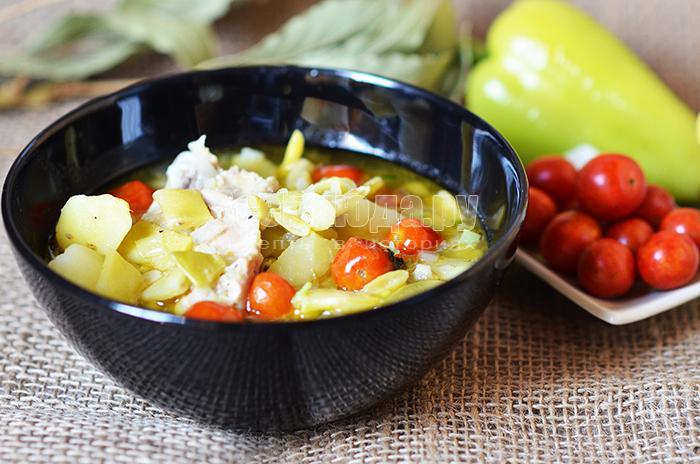 Рецепт белого соуса с туршой и помидорами черри