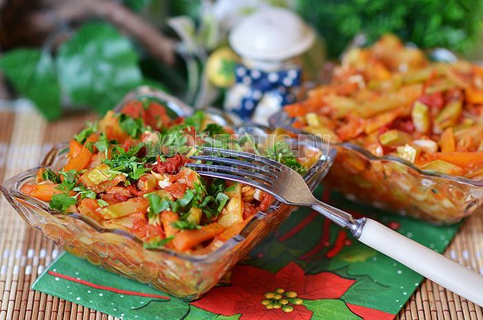 Рецепт овощного рагу с кабачками, туршой, помидорами
