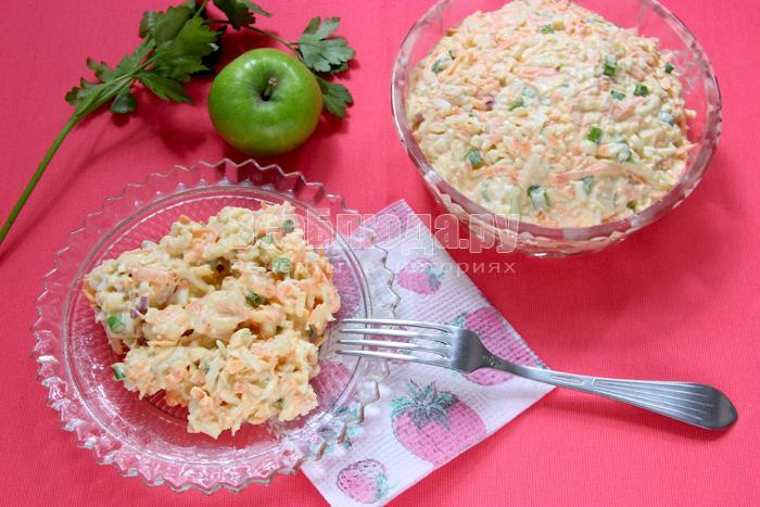 Пикантный французский салат (морковка, яблоки, сыр, яйца)