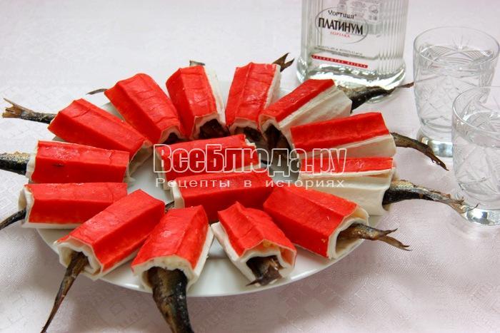 Закуска со шпротами в крабовых палочках