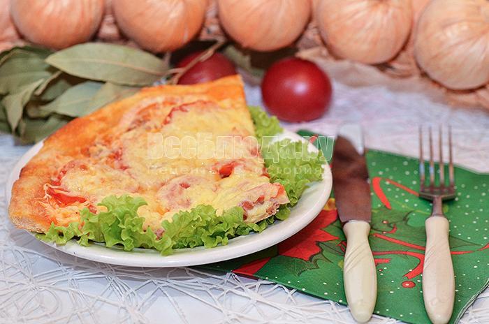 Рецепт пиццы с курицей и помидорами