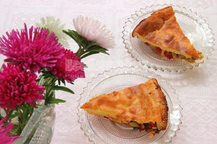 Рецепт пирога с овощами (кабачок, лук, перец, помидоры)
