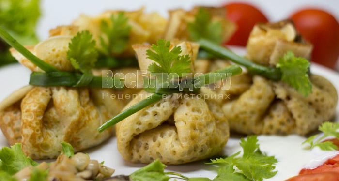 Рецепт блинов с грибами в мешочках