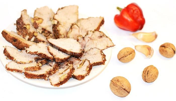 свинина с орехами в духовке рецепт с фото