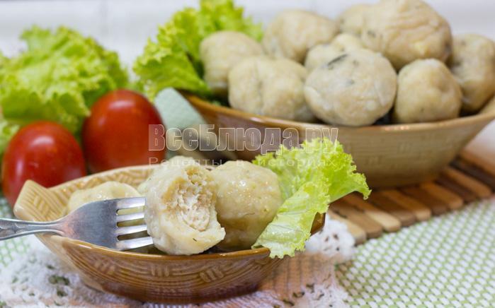 Картофельные шарики с куриным филе