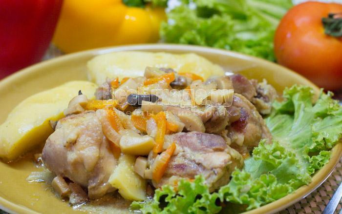 рецепт курицы со сметаной и грибами