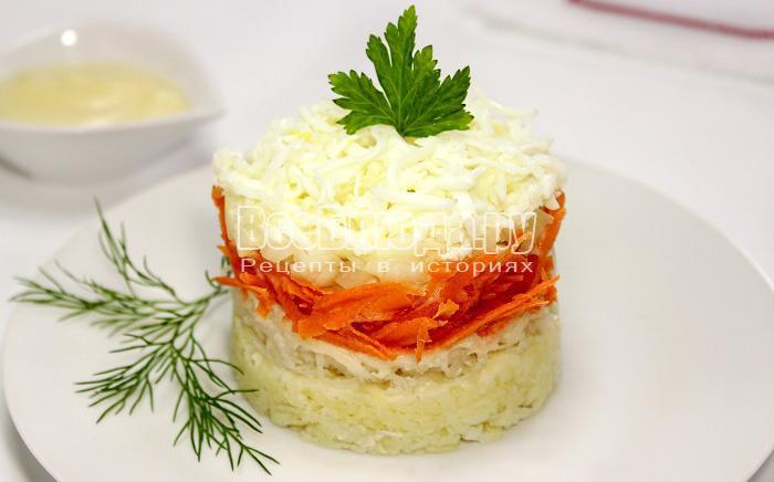 Японский салат с дайконом, морковкой и яйцом