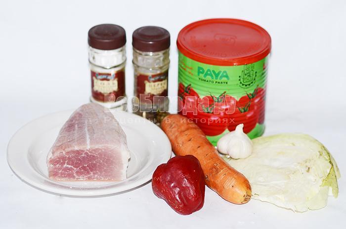 необходимые ингредиенты для свинины в горшочках