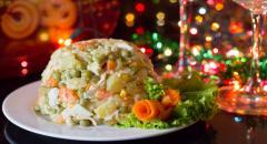 Простой и вкусный салат на Новый Год