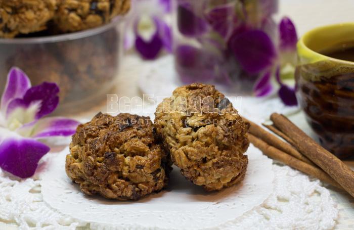 печенье с ченосливом из геркулесовых хлопьев