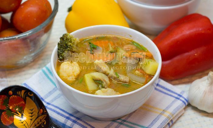 Грудинка с картошкой, кабачками и фасолью