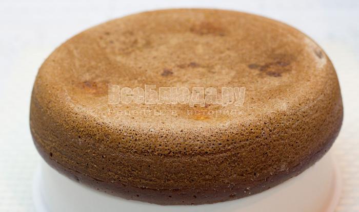 Пирог с творожными шариками