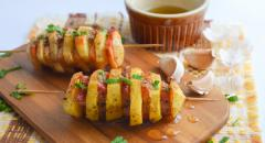 Как вкусно приготовить картошку в духовке с грудинкой