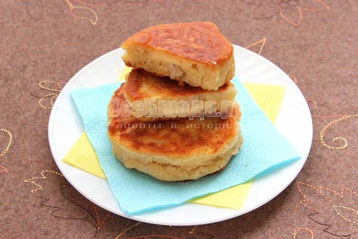 рецепт жареных соленых пирожков с сыром и салом