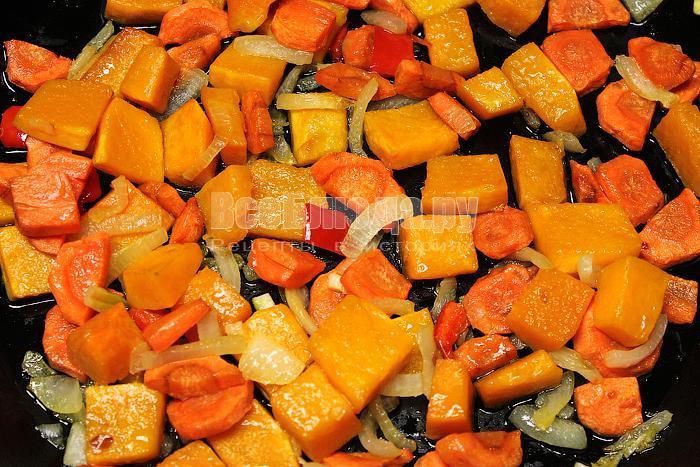 Овощи спассеровали в масле