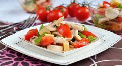 Как приготовить салат с сырыми грибами (шампиньонами)