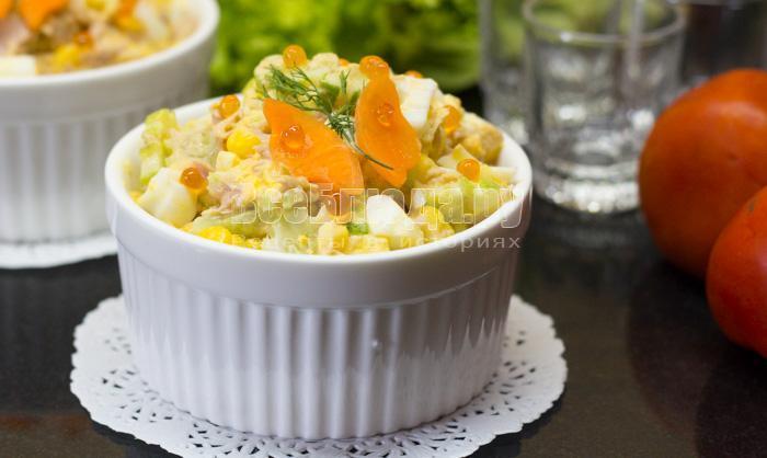 Салат - тунец, кукуруза, яйца, огурец