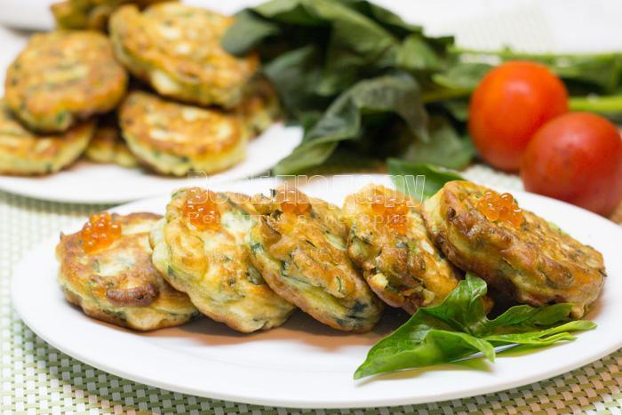 оладьи со шпинатом готовы