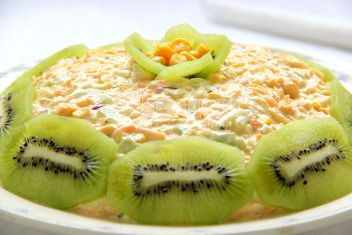 рецепт салата с киви и яблоками