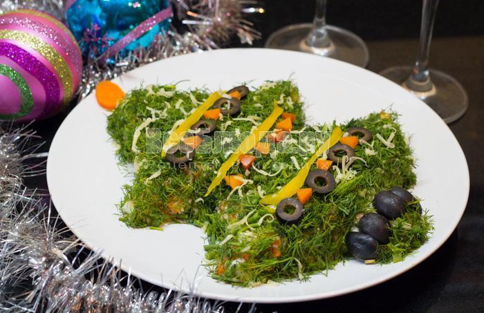 рецепт салата новогодней елочки