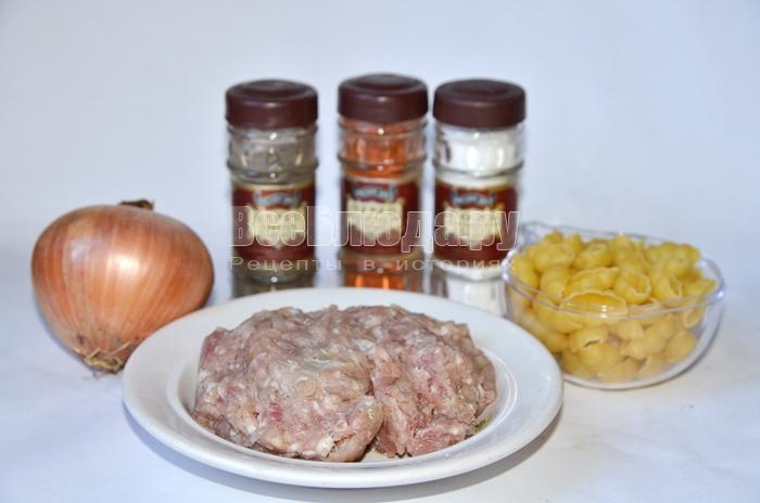 необходимые ингредиенты для запеканки из макарон:
