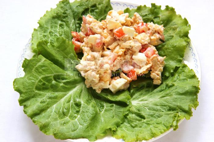 выкладываю салат