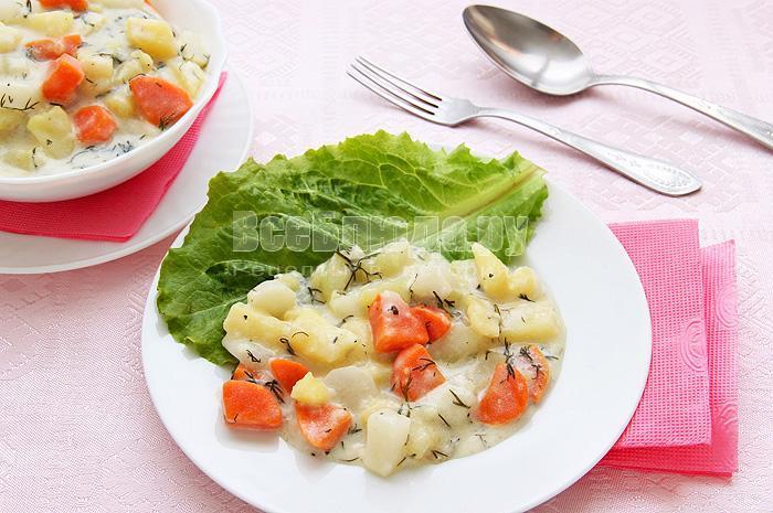 как потушить овощи в сметанном соусе