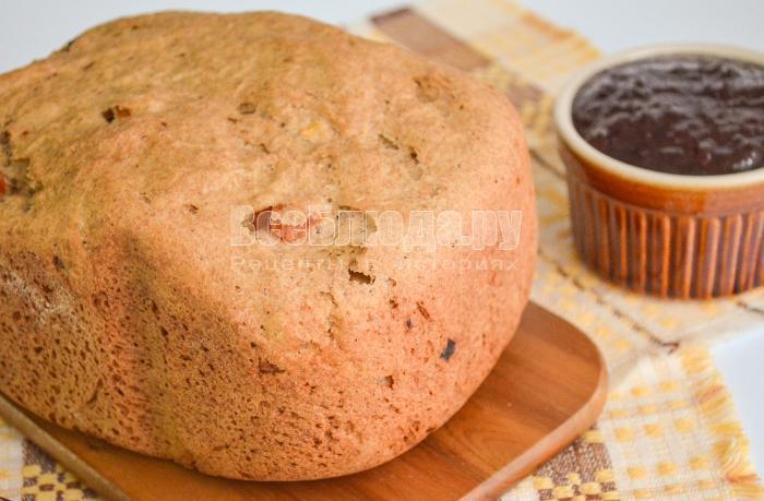хлеб с курагой