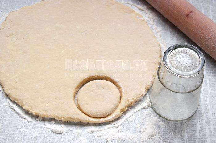 формирую пончики