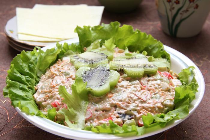 салат с киви цветочная поляна