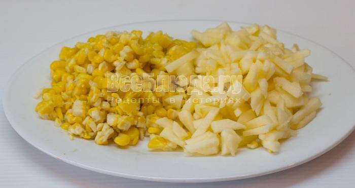 яблоко и кукуруза