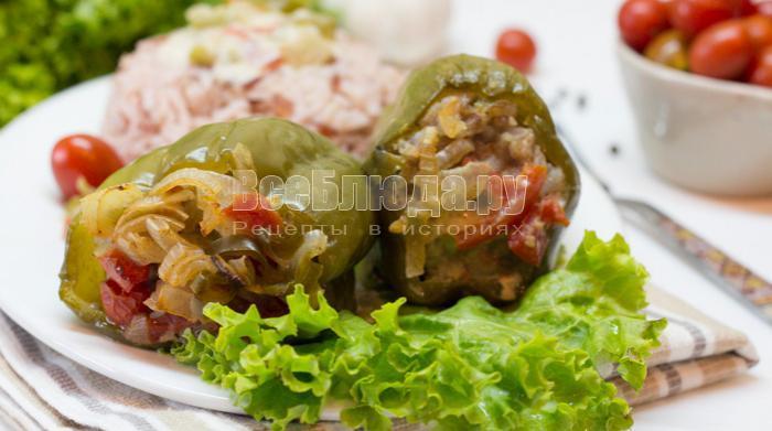 фаршированный перец запеченный в кулинарном пакете