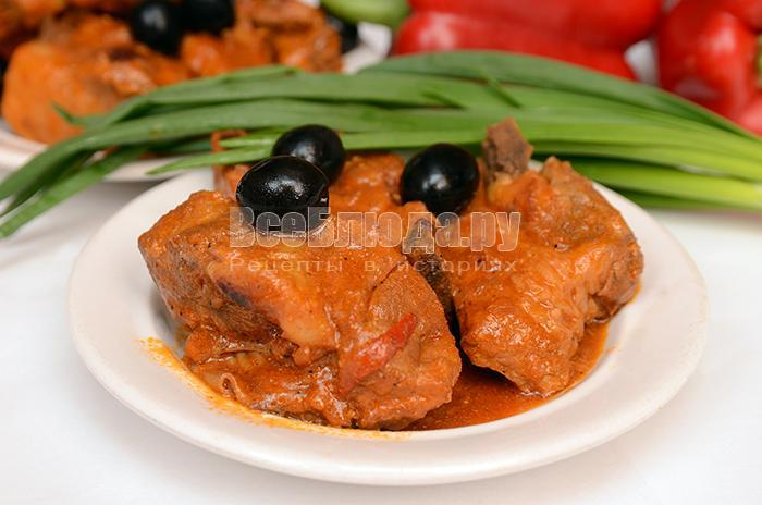 свиные ребра в томатной пасте