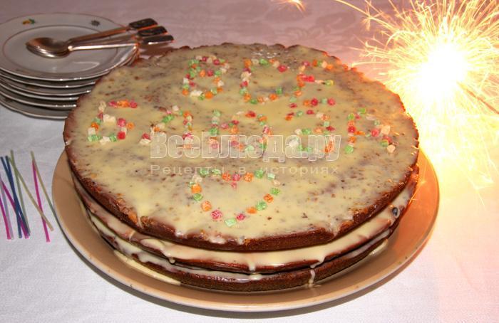 как испечь торт с разными коржами и кремом