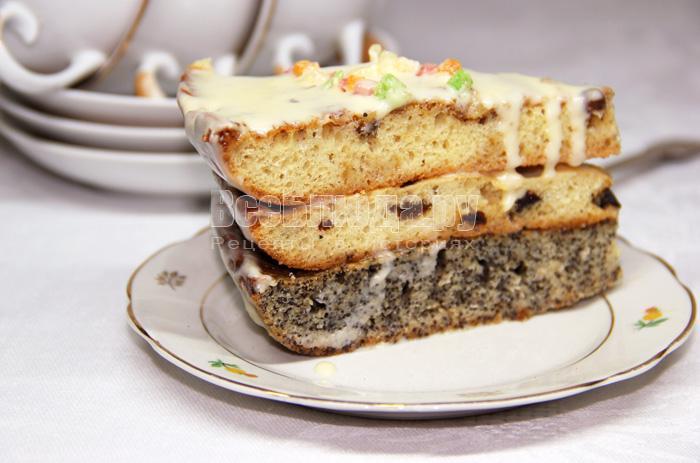 торт с орехами, изюмом и маком