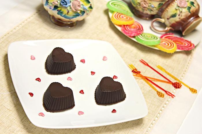 Шоколадные конфеты с финиками и орехами, Сердечки