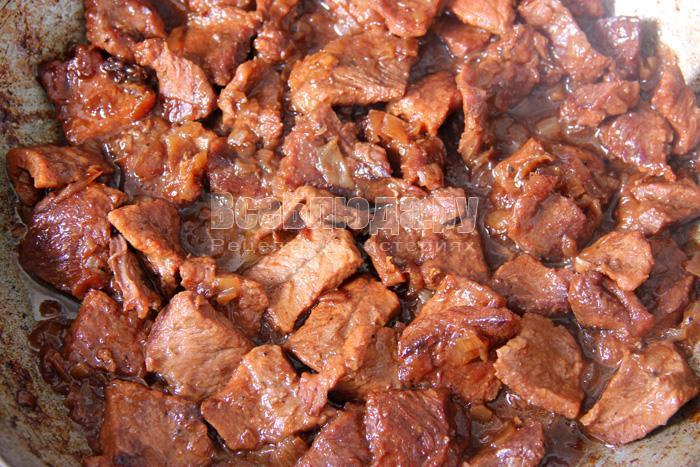 Как приготовить тушеную говядину в красном вине