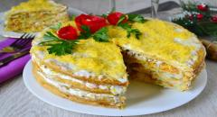 Закусочный торт из коржей для Наполеона с рыбными консервами