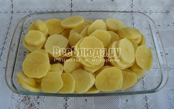почистить и порезать картошку