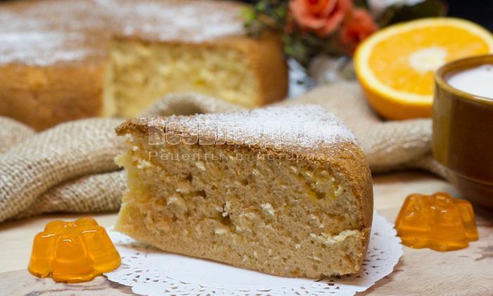 кусочек апельсинового пирога
